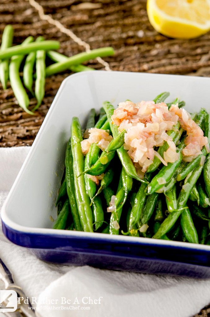 This haricot vert recipe is truly simple but full of flavor with butter, shallots, lemon and salt. It is ready for your table in under 10 minutes too!