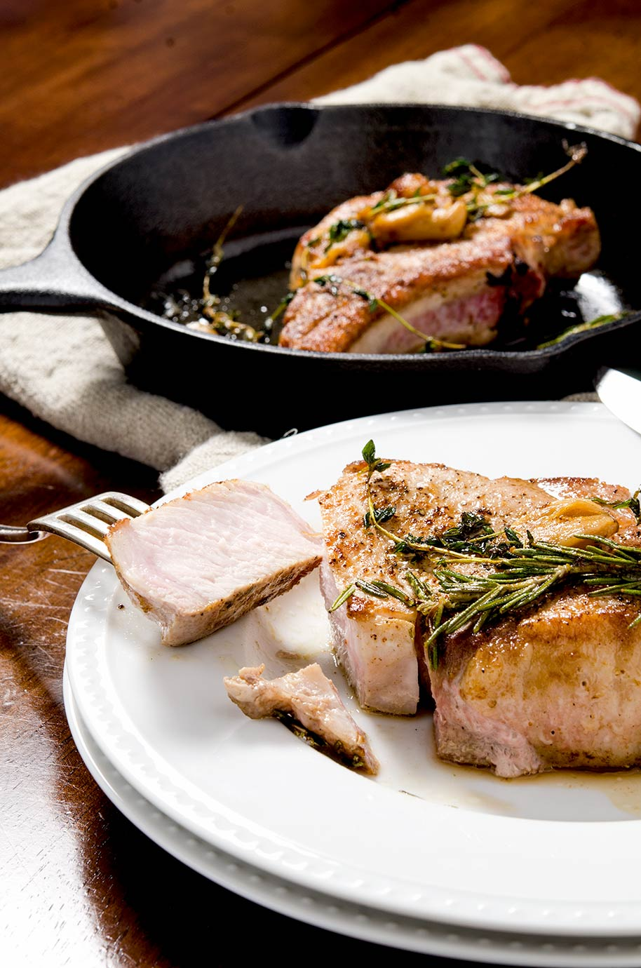 Perfect Pan Seared Pork Chops I D Rather Be A Chef
