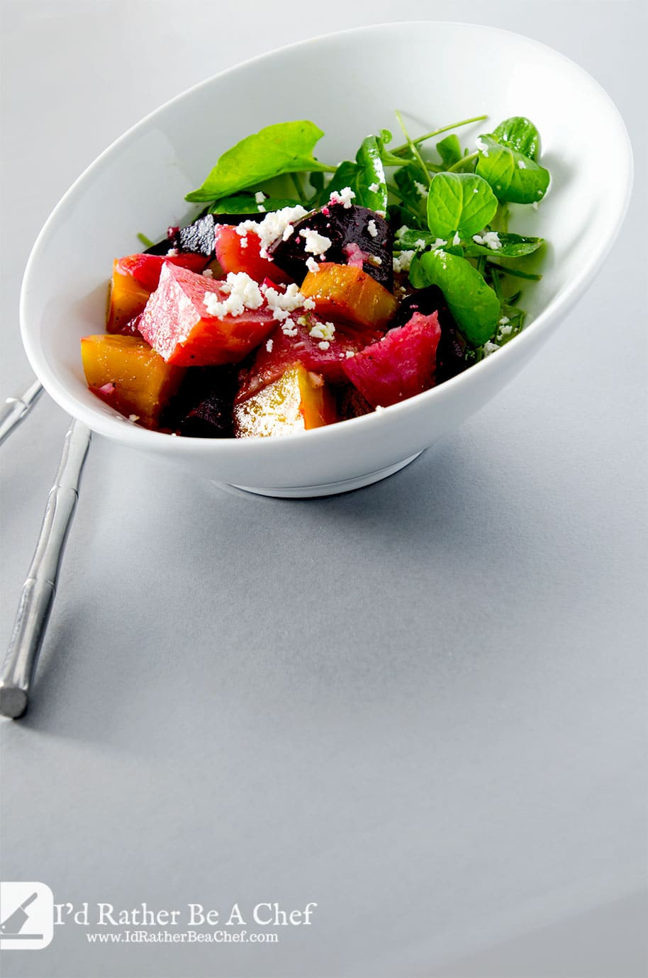 Enjoy this roasted beet salad with goat cheese any day of the week. It is perfectly simple, perfectly balanced and delicious.