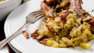 SAUTEED CABBAGE SIDE DISH WITH BACON & APPLES