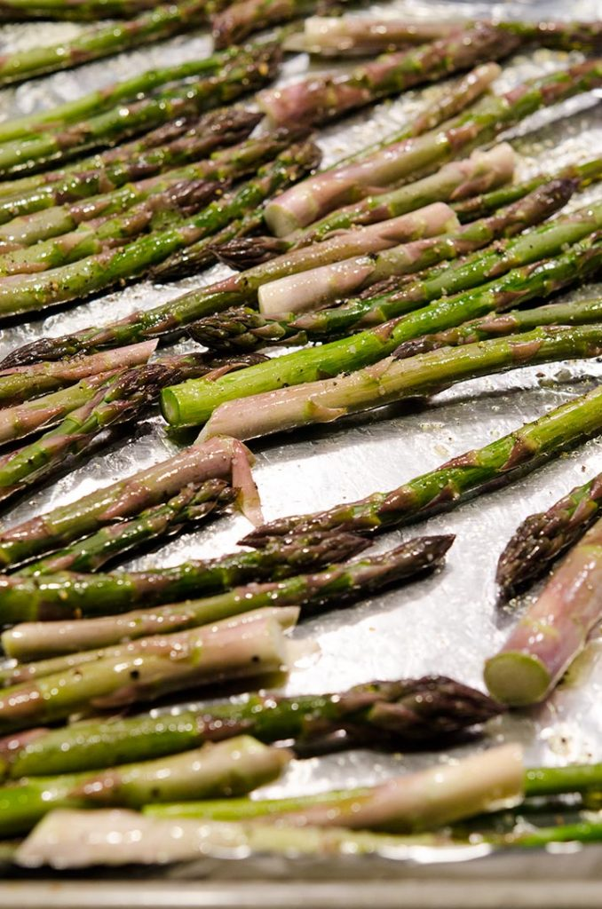 Roasting asparagus is simple. All we need is olive oil, salt and pepper.