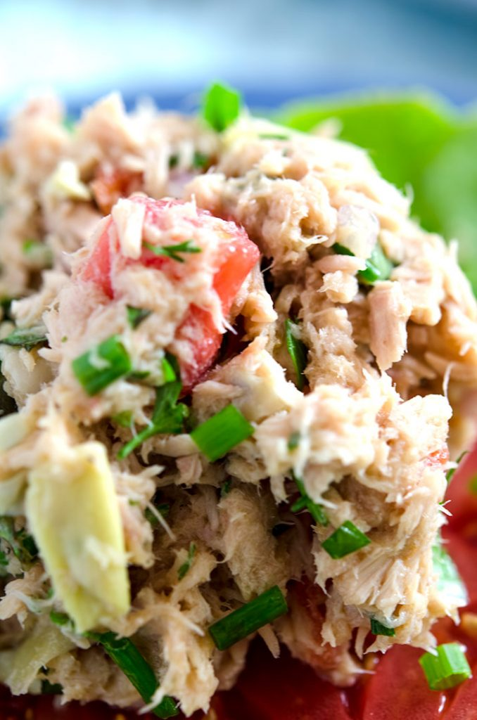 Nothing to hide in this no-mayo tuna salad recipe. Huge flavor, fresh ingredients and low carb too!