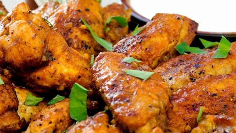 a delicious hot wing recipe with crispy skin that will leave your lips tingling! Delicious and easy recipe.