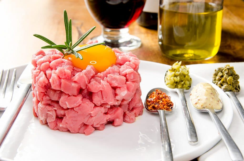When you have really good beef, making steak tartare is incredibly easy. Just a few toppings, a quick mix and we're ready to go.