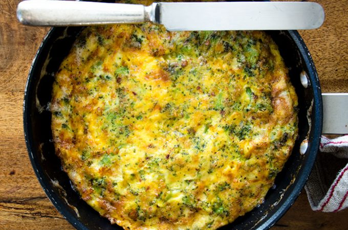 For the perfect breakfast or brunch, serve my easy-to-make broccoli cheddar frittata!