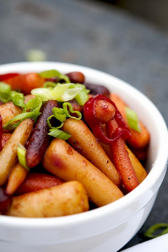 sweet and spicy roasted carrots